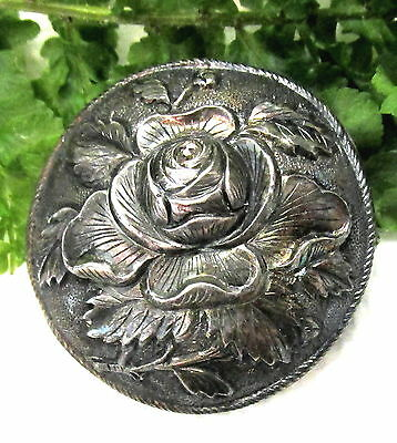 Signed Sung Antique Chinese Sterling Silver Flower Button  S51