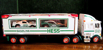 HESS Toy Truck and Racers 1997 in original box