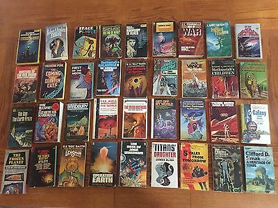 Wholesale lot 36 Science Fiction Paperbacks, top sci-fi authors of 50', 60' 70's