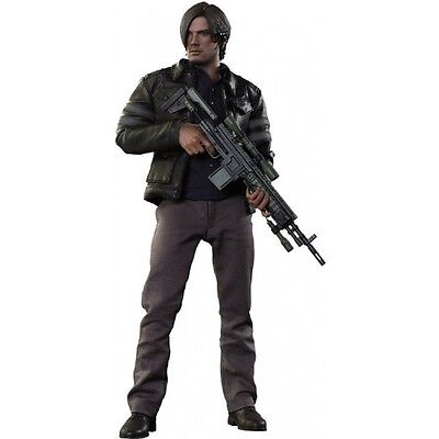 Hot Toys Resident Evil - Leon S. Kennedy 1:6 Scale Action Figure Figure