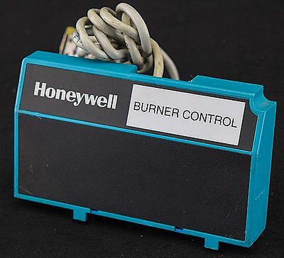 Honeywell 221818A 7800 Series Burner Control Display Module Extension Cable Assy