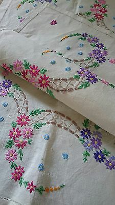 Unused Pair Vintage Hand Embroidered Irish Linen Tray Cloths Table Top~ Daisies