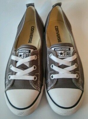 Converse All Stars Low-Top Women's Size 7