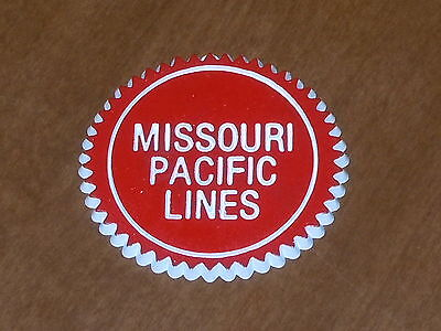 MISSOURI PACIFIC LINES RAILROAD Vintage RUBBER FRIGE MAGNET Standings Board 70s