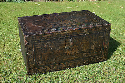 Original early Victorian Chinoiserie traveling box storage trunk chest c.1850