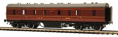 MTH 50ft Parcels Brake in LMS 1937 livery with coarse scale wheels 20-60006-1