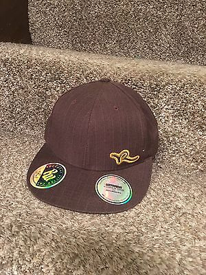 ROCAWEAR FITTED  MEN'S BASEBALL CAP SIZE 7 1/2 color Brown