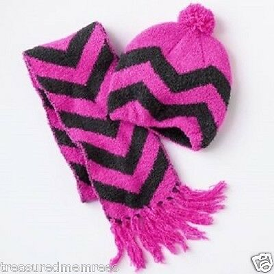 2 Piece Hat And Scarf Set ~ Purple Chevron Pattern ~ Size M/L ~ New With Tags