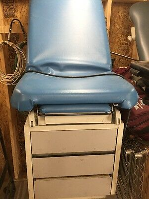 Hamilton E Series Blue Exam Table w/ Stirrups & Drawers USED
