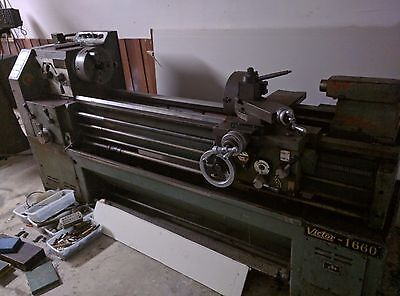 Victor-1660 lathe with chucks and quick change tooling post - Must go!