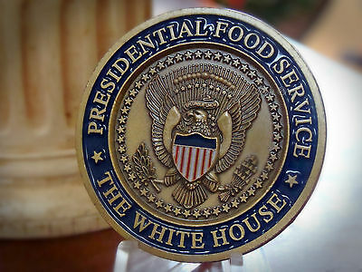 "* Great ~  "" PRESIDENTIAL  FOOD  SERVICE ""  ~  2008 Challenge Coin"