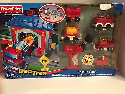 2004 Geotrax Rescue Pack Firefighter Fire Truck Fast Rapid Response Set New