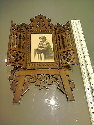 ANTIQUE SORRENTO TUNBRIDGE WARE INLAID WOODEN photo Frame19TH C. Carved fretwork