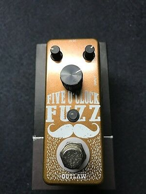 Outlaw FIVE-OCLOCK-FUZZ Effect Pedal