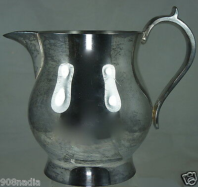 Vintage Silver Plate Pitcher /jug W/ Ice Lip Oneida