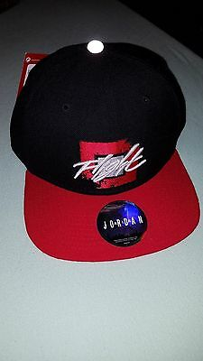 Casquette Jordan FLIGHT modifiable neuf. Jordan hat, snapback brand new