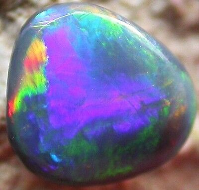 Best Offer! Very Nice Colour 0.65 Carat Solid Lightning Black Opal