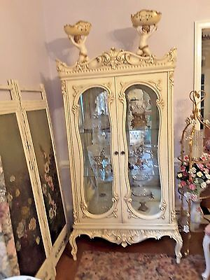 Elegant Elaborate French Champagne Painted Glistening Curio Vtg China Cabinet