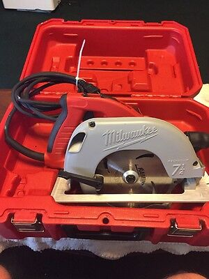 "MILWAUKEE TILT-LOK 7 1/4"" Circular Saw W/Case Used One Time"