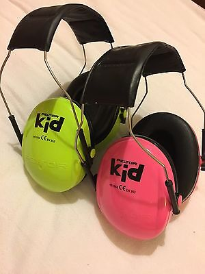 2 no pairs peltor kids 3m ear defenders pink and green. Black Bedroom Furniture Sets. Home Design Ideas