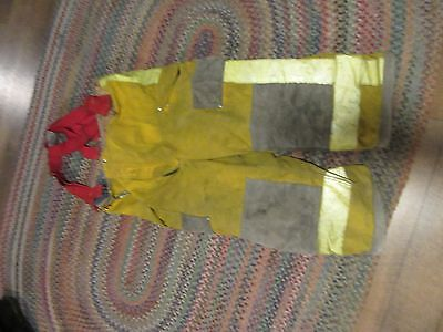 Janesville Lion Firefighter Pants & suspenders Turnout Gear Size 42xs liner