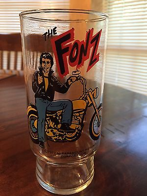 Vintage 1977 Happy Days Tv Show The Fonz With Motorcycle Dr Pepper Glass Tumbler