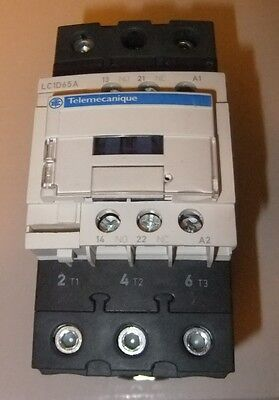 Schneider Electric Telemecanique Contactor LC1D65A New, no Box