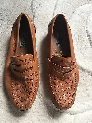 Vintage Clarks Real Leather Tan Shoes Loafers Woven Uk 8