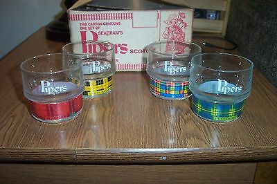 Vintage Case Of (4) Seagram's 100 Pipers Scotch  Glasses in Original Box