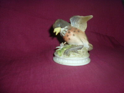 LEFTON CHINA Hand Painted ROBIN KW1637 , Young w OPEN WINGS, JAPAN-- SIGNED