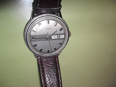Timex vintage mechanical wrist watch day/date S/Steel