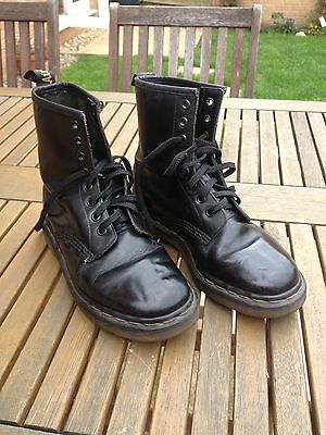 Dr Martens Boots Black Leather Made in England Good Condition  size 4 UK 8 Hole