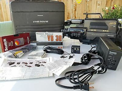 Vintage 1987  Panasonic M5 VHS Movie Camera With Case and extras.  Working!