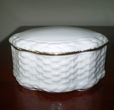 Royal Albert England  Bone China White & Gold Basket Weave  Lidded Trinket Dish