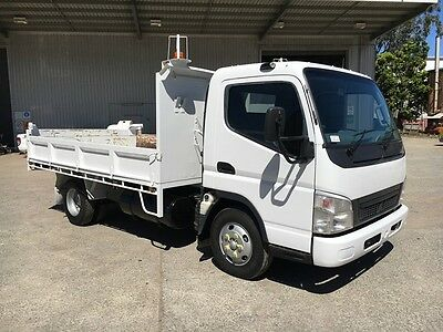 >>ONLY 103kms << Mitsubishi Tipper EX COUNCIL not Isuzu Hino Dyna