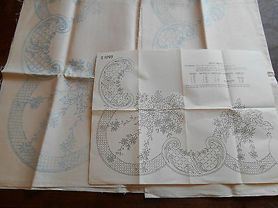 Vintage Ecru Tablecloth Floral 50S Embroidery Design Traced Linen Sq Pattern