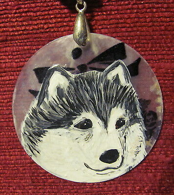 Alaskan Malamute hand painted on round Capiz shell pendant/bead/necklace