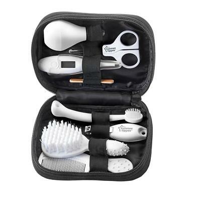 Tommee Tippee Closer To Nature Healthcare Kit Baby, Grooming, Brush, Thermometer