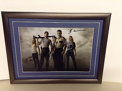Walking Dead (Cast) Genuine Hand signed Photograph & COA