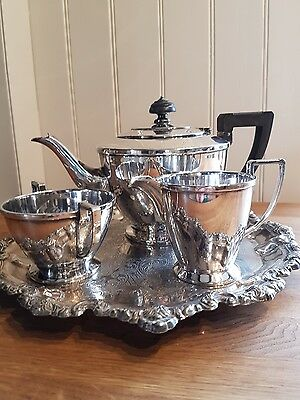 Art Deco Walker and Hall/Mappin and Webb, plated Tea Set, 3 pieces and 6 spoons