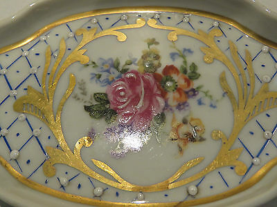 LIMOGES Vintage Sweet Small Oval Rose and trellis Ceramic Vanity Pin/ring Dish