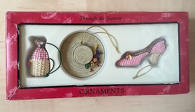 NIB $28 Sandy's Closet 'Juliette' Through the Seasons Picnic Ornaments