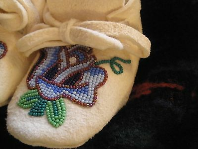 NEW! SHOSHONE ROSE Native American Indian beaded small child moccasins McAdams?
