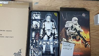 First Order Flame Trooper Hot Toys 1/6 scale Star Wars