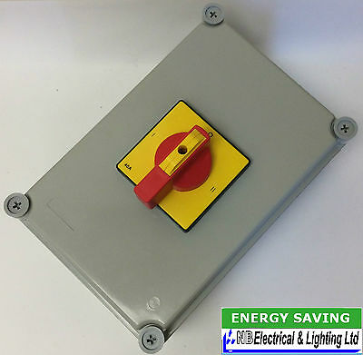 40 Amp Change Over Switch Ip65 Surface Mounted Europa Lbc404Kp