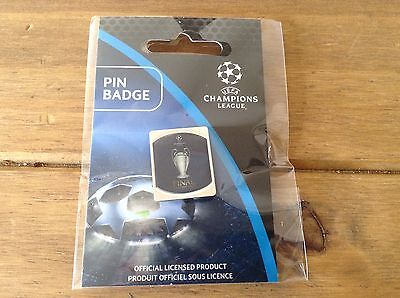 **Champions League Final OFFICIAL PIN Cardiff 2017 Real Madrid Juventus