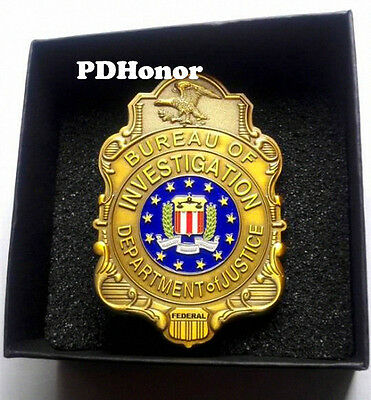 Obsolete vintage Gold FBI Badge prop/replica w. Pin back - Special Agent Badge