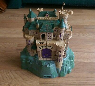 Harry Potter Polly Pocket Hogwarts Castle Playset with sounds working