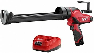 Milwaukee M12 12 Volt Lithium-Ion Cordless Quart Caulk Adhesive Gun Kit