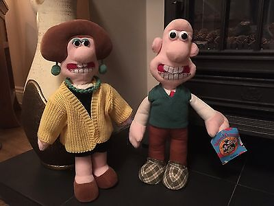 """Wallace & and Wendolene 15"""" Soft Plush Cuddly Toy Doll Tagged"""